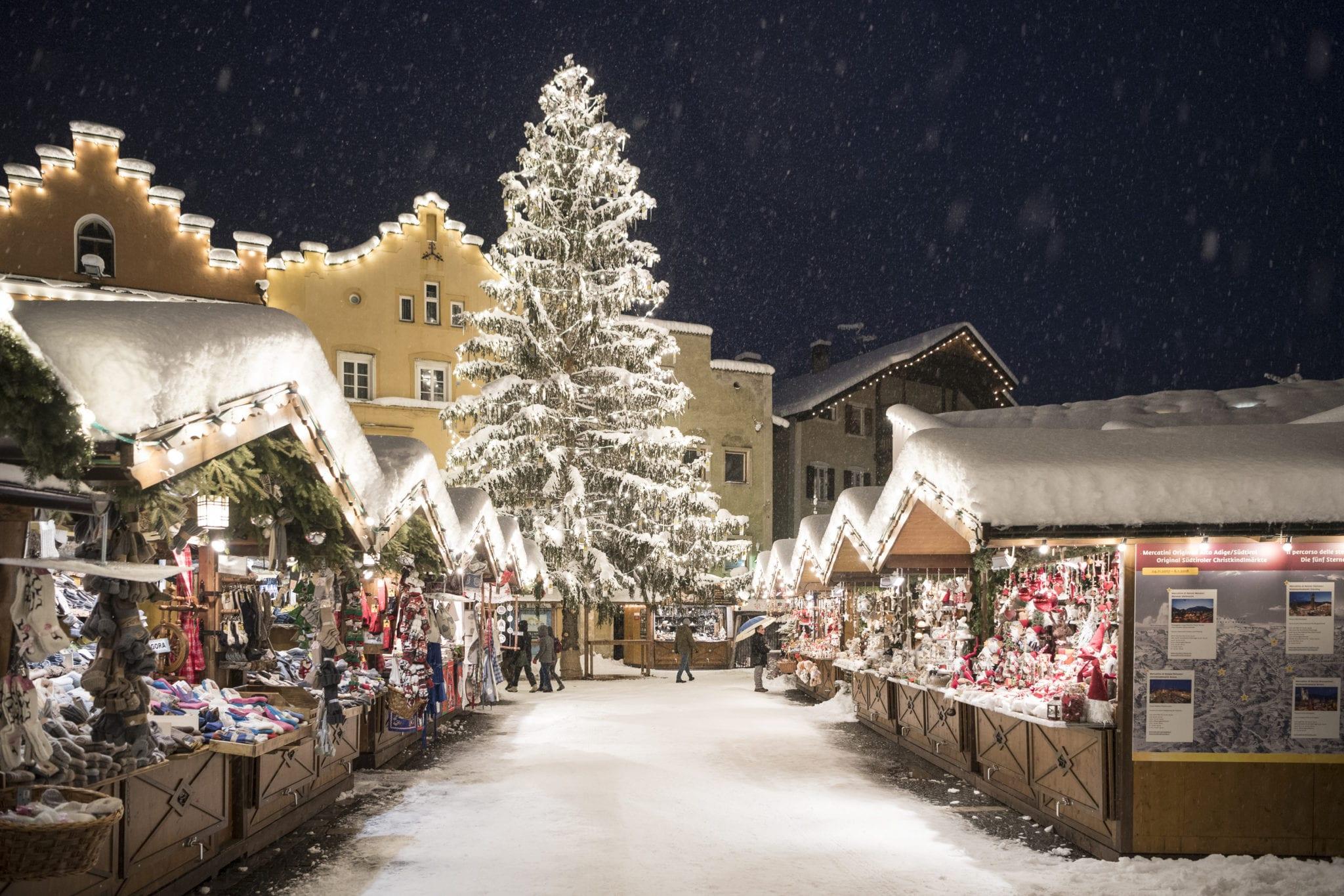 Bolzano Mercatini Di Natale.I Migliori Mercatini Di Natale Enogastronomici In Italia Informacibo