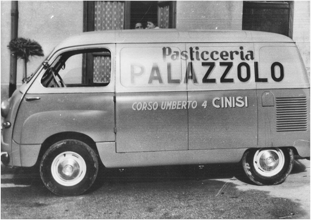 Il furgone storico della Pasticceria Palazzolo (credits photo: www.pasticceriapalazzolo.com )