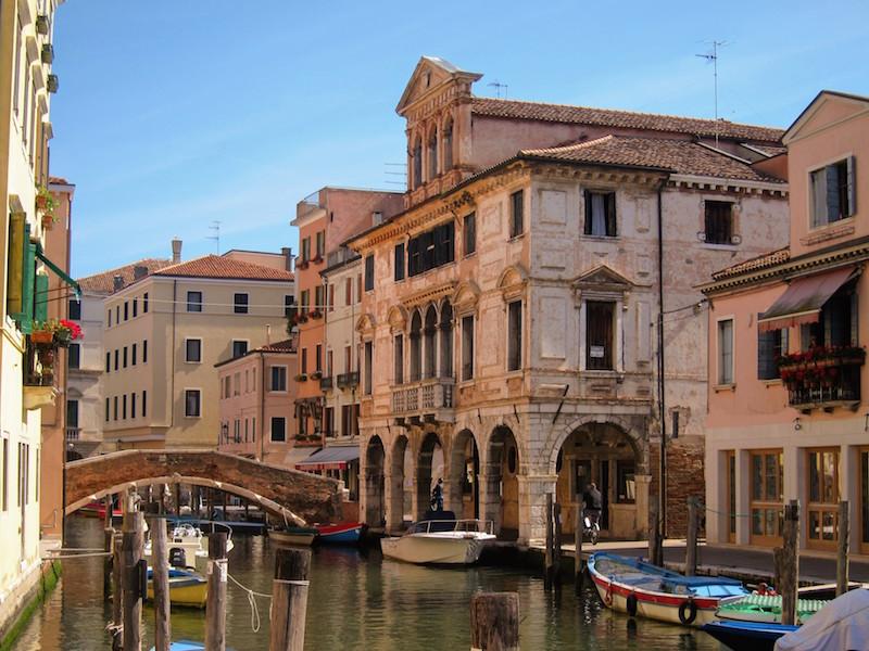 Chioggia, la Piccola Venezia, è tra le zone dove si possono trovare le moeche al ristorante o al mercato