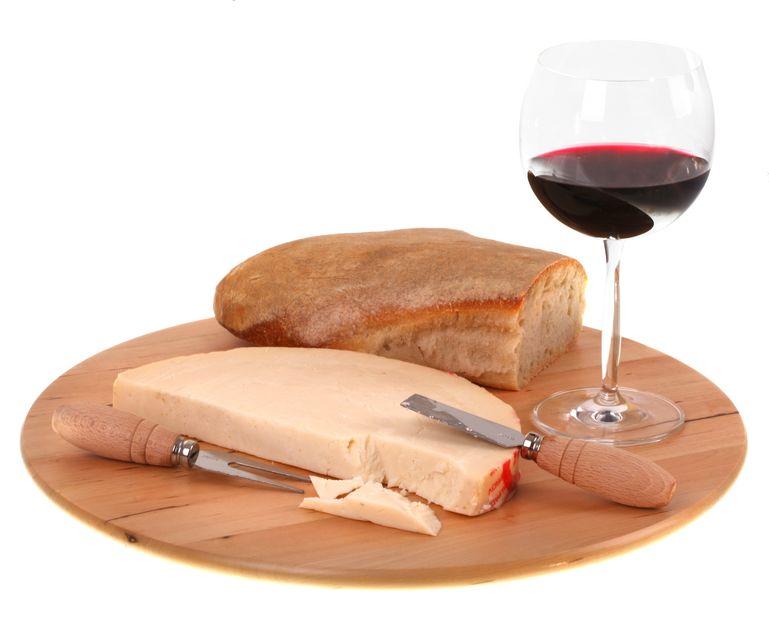vino e provolone