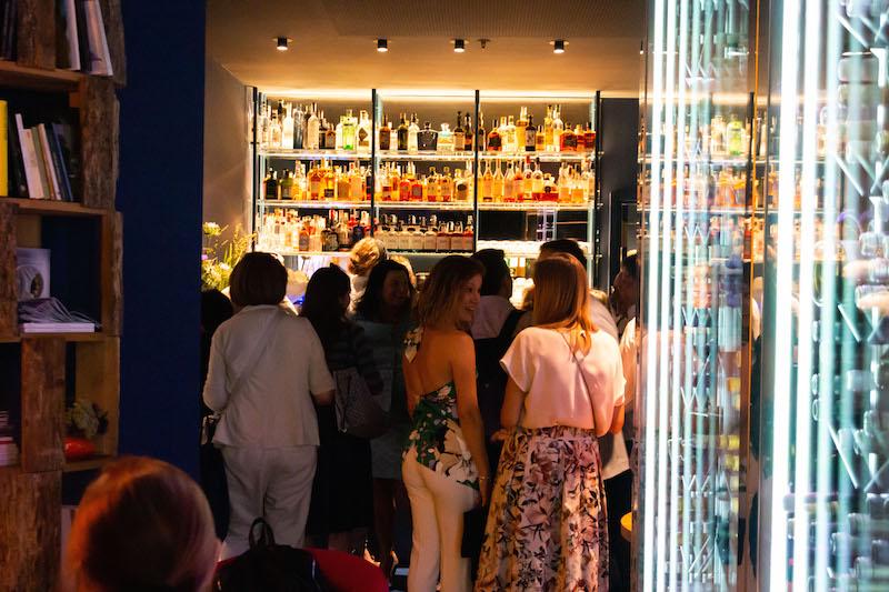 Carta dei vini ampliata e nuovo spazio per i cocktail sono alcune delle novità di Viva ristorante, che presente nuovi talenti in brigata