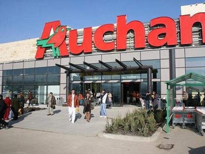 Vertenza Auchan-Conad, chiesta la cassa integrazione per oltre 5mila lavoratori