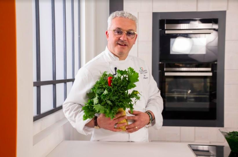 Lo chef Gegé Mandano (credits: Compagnia degli Chef)