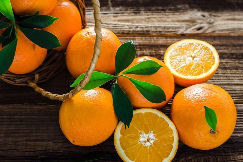 prodotti di stagione autunno arance