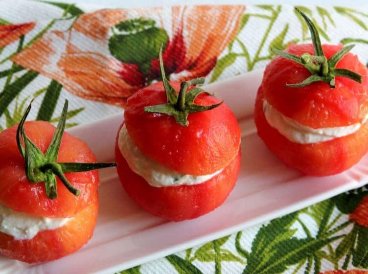 Pomodori ripieni di robiola